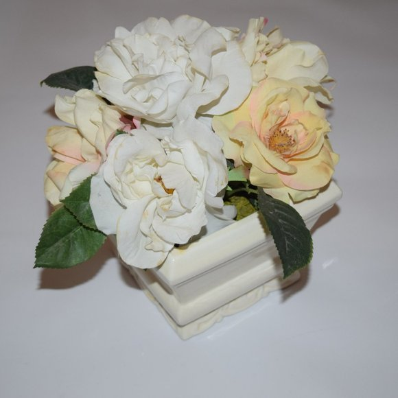 Other - Artificial Flowers Roses French Country Plant Pot